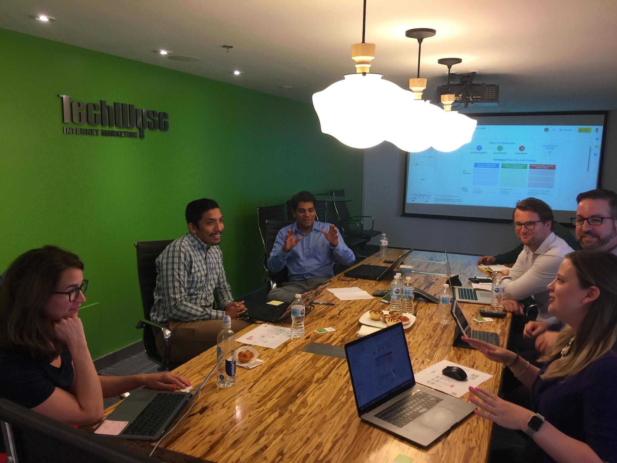 techwyse-office-meeting
